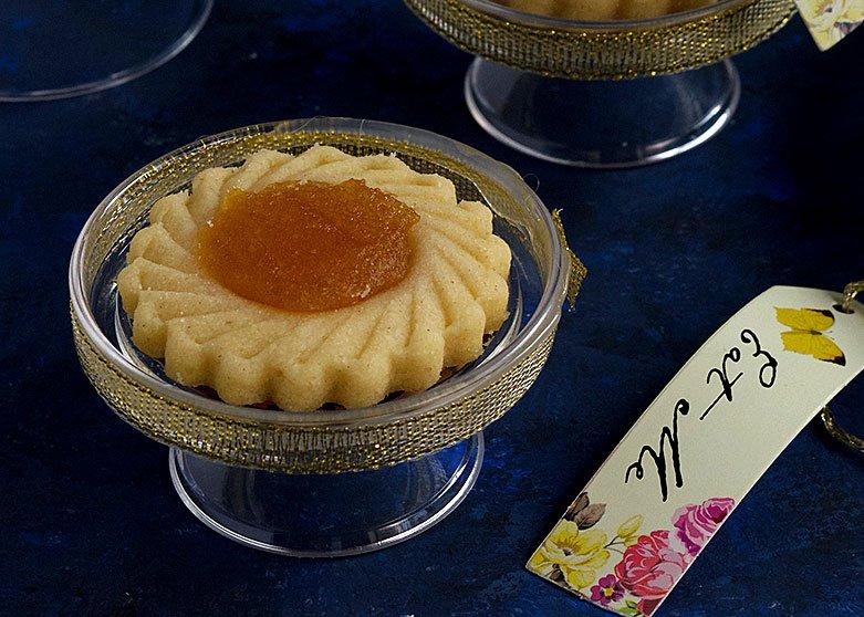 Homemade Pineapple Tarts Recipe (Resepi Kuih Tart)