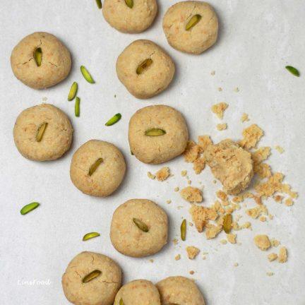 Biskut Kacang (Peanut Cookies, aka Biskut Mazola)